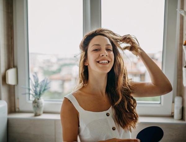 Így fésüld a hajad a hajtípusod függvényében