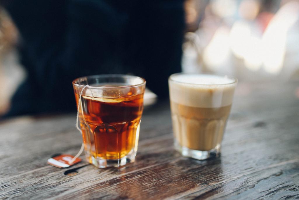 Tea vs. kávé