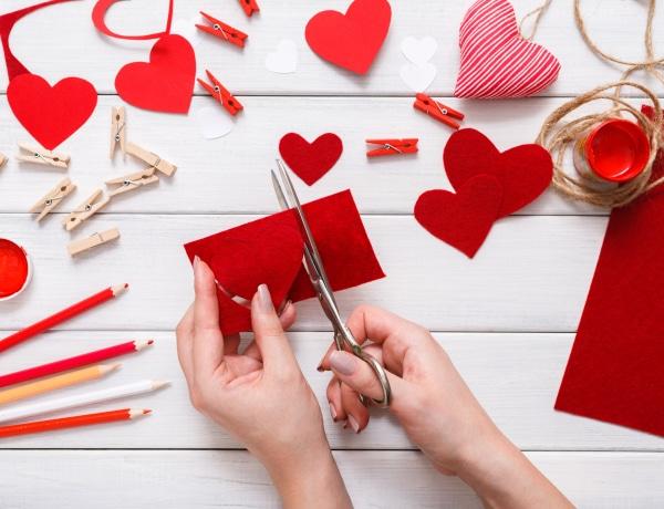 5 egyszerű Valentin-napi dekoráció nagy hatással