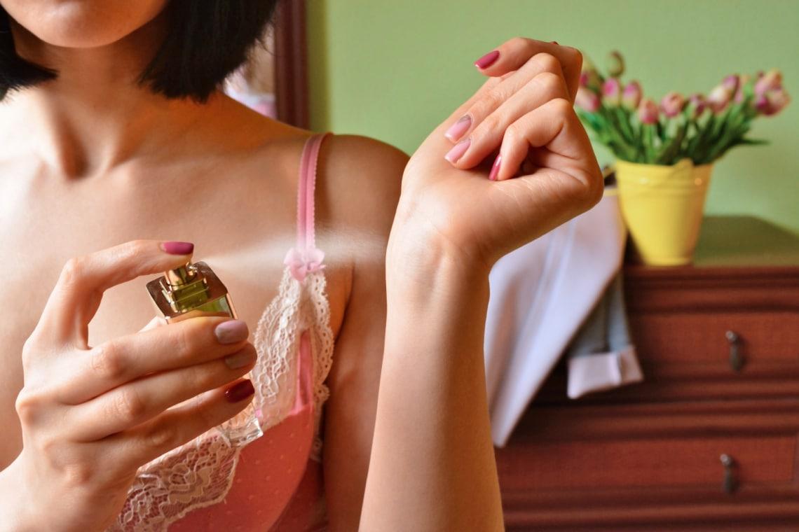 10 apró jel, ami segít megkülönböztetni a hamis parfümöt az eredetitől