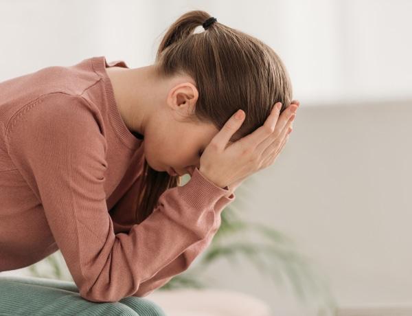 7 jel, ami arra utal, hogy hormonális zavarral küzdesz