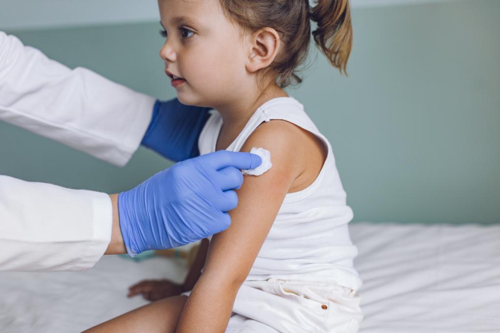 Koronavírus vakcina gyerrekeknek
