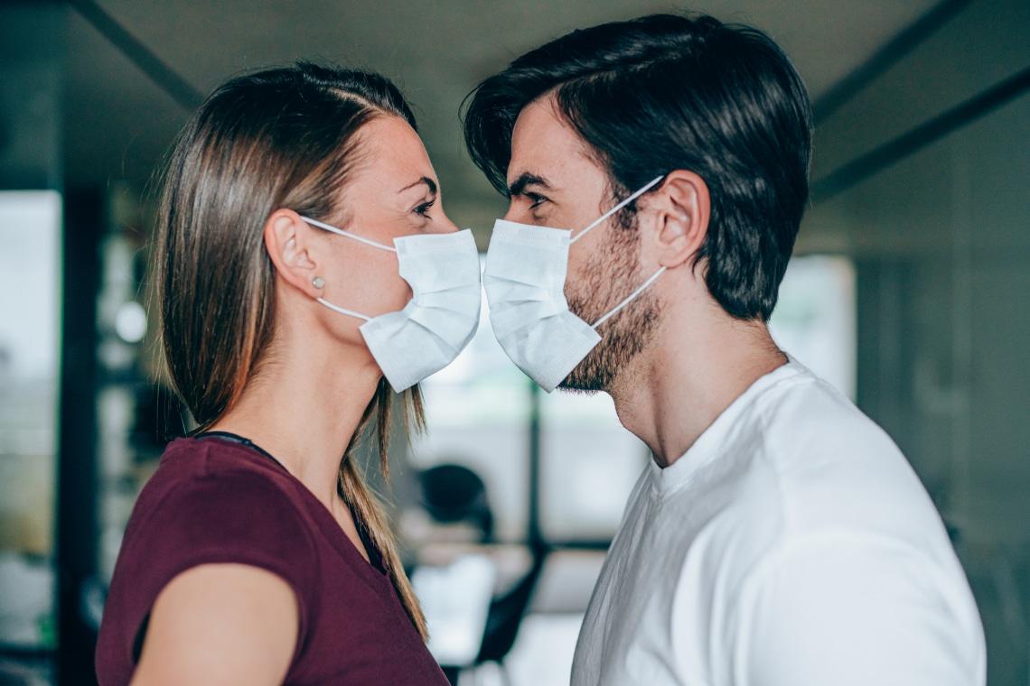 5+1 kedves love-story pároktól, akik a járvány alatt találtak egymásra