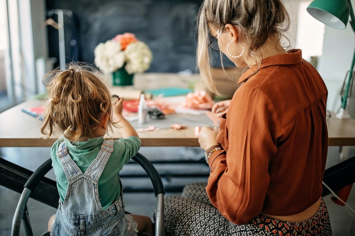 10 ötletes tavaszi kézműves projekt kisgyerekeknek