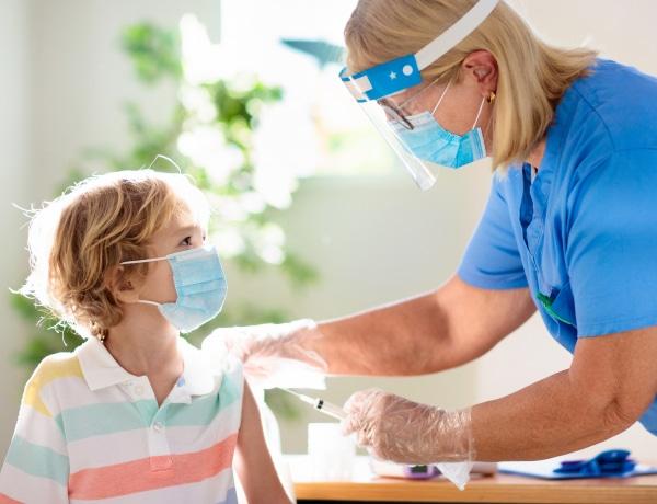 Mikor lesz gyerekeknek is koronavírus elleni vakcina?
