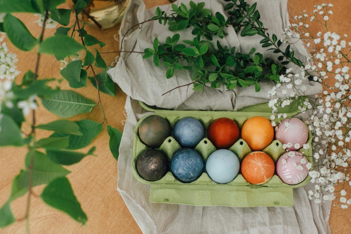 5 természetes tojásfestési szín – így színezz   vegyszerek nélkül