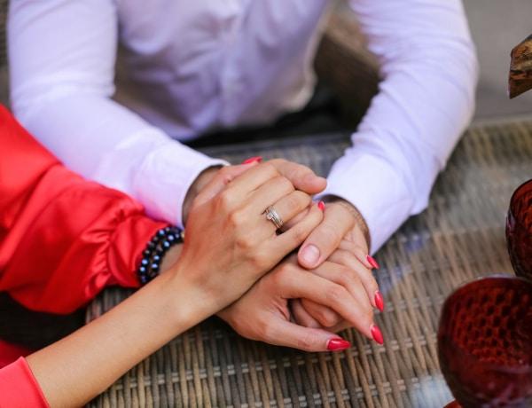 4 dolog, amit egy férfiről a keze alapján megállapíthatsz