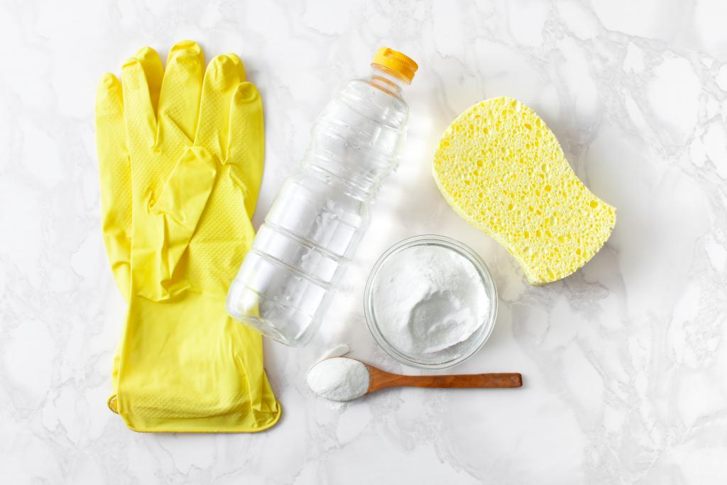 Mikró tisztítása ecettel