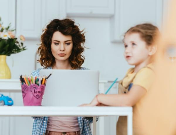 Egy dolog, amire figyelned kell, ha karriert és családot is szeretnél