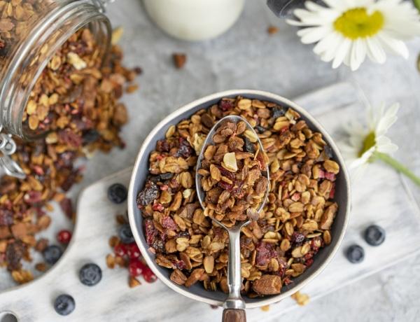 Az 5 legjobb, ínycsiklandozó, házilag elkészíthető granola recept
