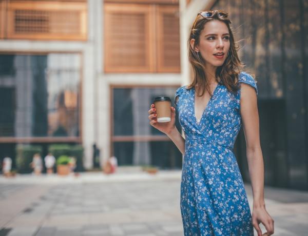 12 kék ruha, amely megidézi a nyarat – Már most is hordhatod!