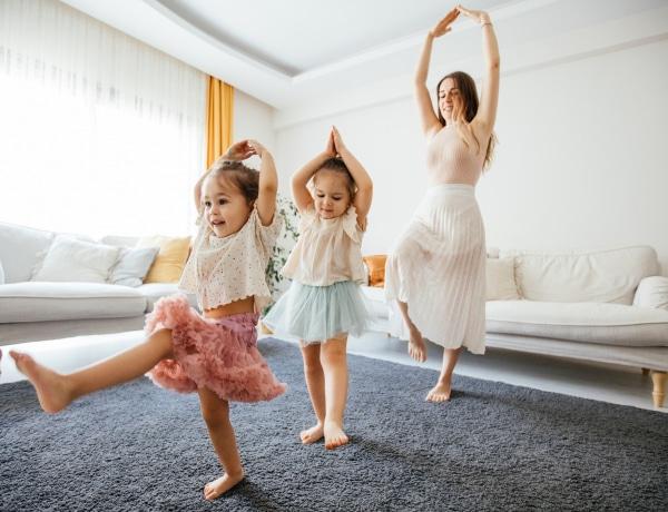 Ezzel a 6 otthoni játékkal elérheted, hogy a gyerekeid többet mozogjanak
