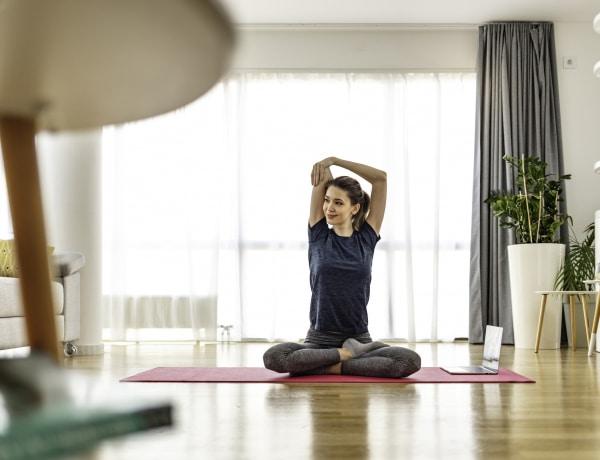 Így segíti a jóga a tavaszi méregtelenítés folyamatát