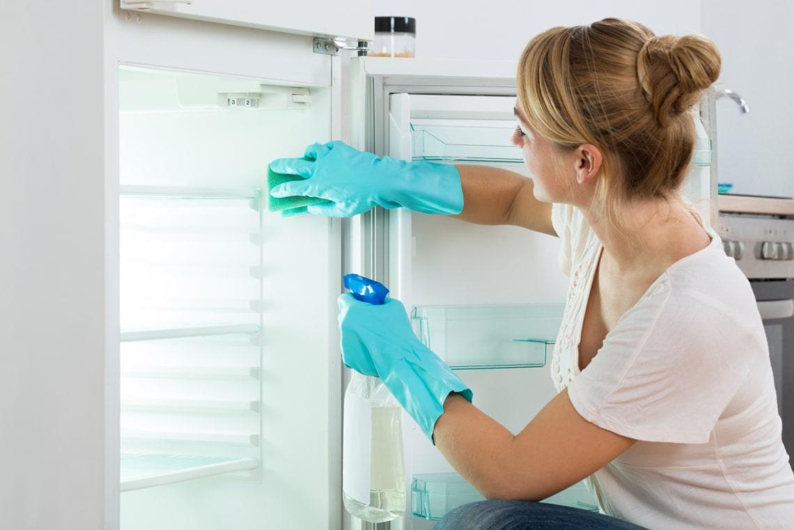 Ezért lehet büdös a hűtőd – Így védekezz és tartsd fenn a jó illatot!