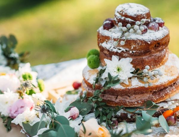 10 izgalmas esküvői torta a világból: Kransekake, ravani és a többiek