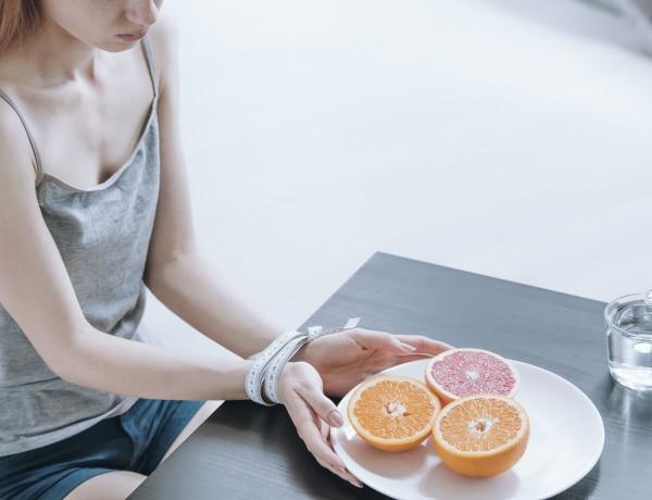 A lezárások óta több az étkezési zavarral küzdő – Mit is jelent ez?