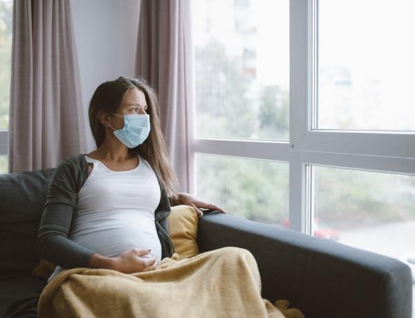 Kismamaként átélni a koronavírust – Zsú története