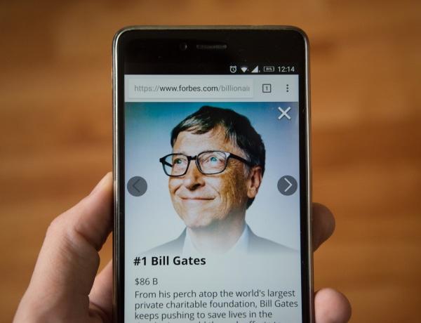 Ezt tudjuk Bill Gates és Jeffrey Epstein barátságáról
