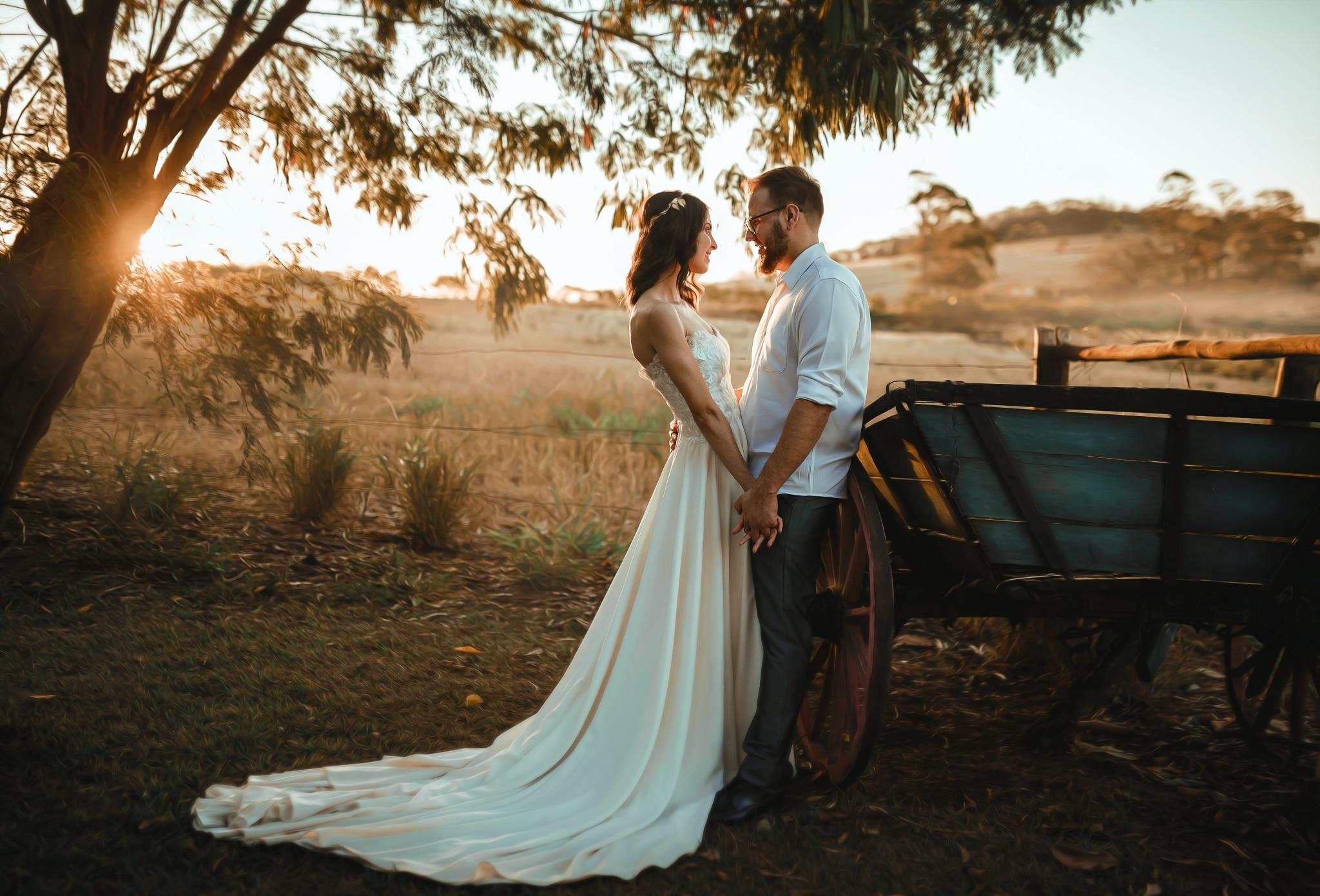 Klasszikus menyasszonyi ruha