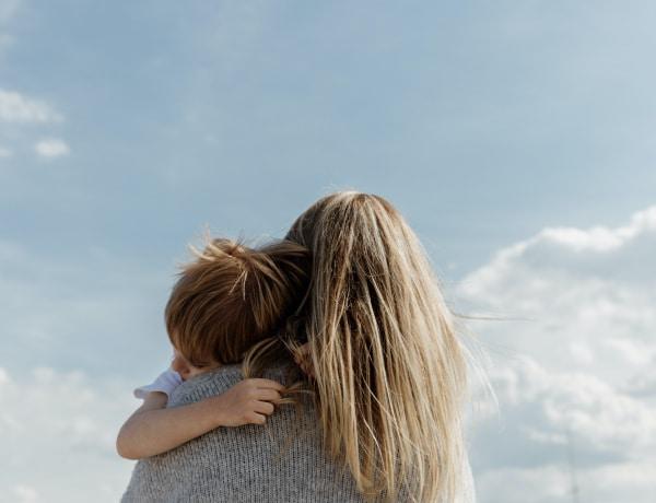 Anyaság napjainkban – Egy kutatás feltárja mit is jelent