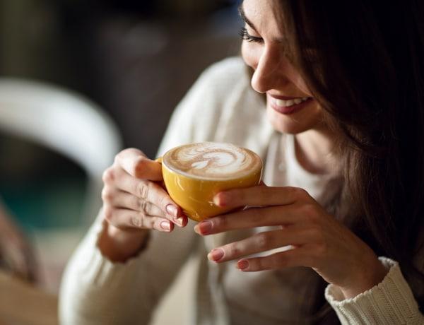Ettől az 5 trükktől egészségesebb és finomabb lesz a kávéd