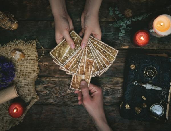 Ez a Tarot kártya jellemzi a zodiákusod – Sokat megtudhatsz magadról