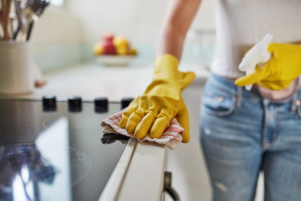 Kis lakás takarítása
