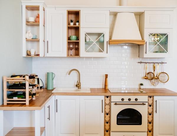Ha jól adnád el a lakásodat: tárgyak, amiknek nincs helye a konyhapulton