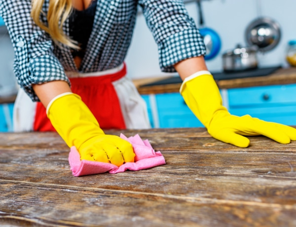 Pusztítsd el a baktériumokat és vírusokat a megfelelő fertőtlenítőszerrel!