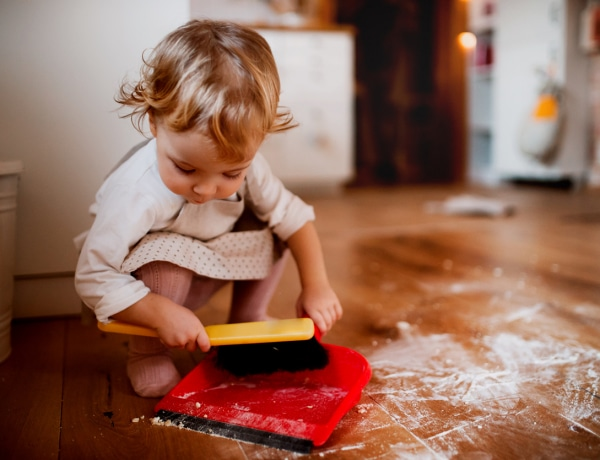 A házimunkát végző gyerekek elégedettebbek az életükkel