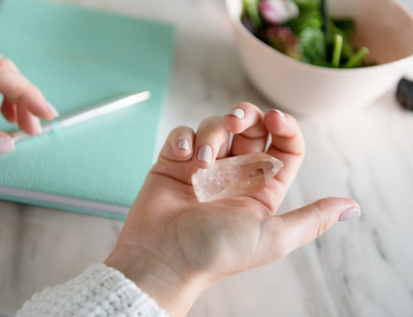 Allergiára jó a borostyán! 10 betegség gyógyító kristályai
