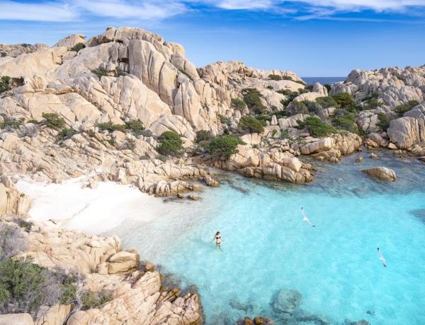 Európa 15 legszebb tengerpartja, amit egyszerűen látnod kell