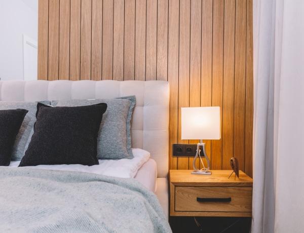 Az ágyad a hálószobád? Íme 7 szuperkeskeny, de stílusos hálófülke