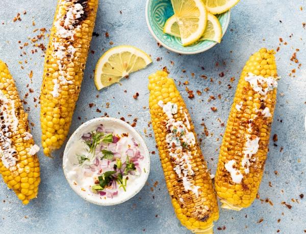 Ez a tökéletes főtt kukorica titka – isteni receptek a nyár kedvenc zöldségéből