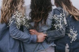 Teszt: Tudd meg, te milyen barát vagy! Adsz vagy leszívsz a barátságban?