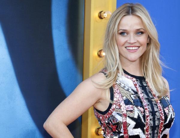 10 nyári ruha Reese Whitherspoonon, amit egyszerűen imádunk