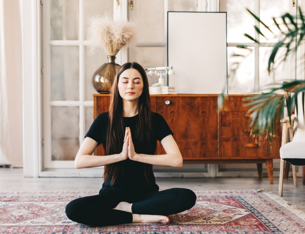 A jóga 10 alaptanítása, amit alkalmazhatsz a hétköznapokban