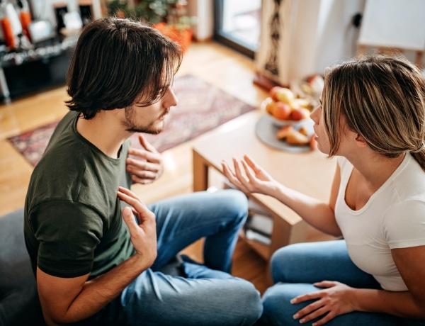 Mondatok, amiket ne mondj ki SOHA a párodnak – ha szereted