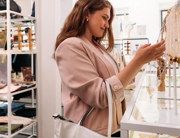 """Óriási nyári árleszállítások: 9 női praktika, amivel """"okosabban"""" vásárolsz"""