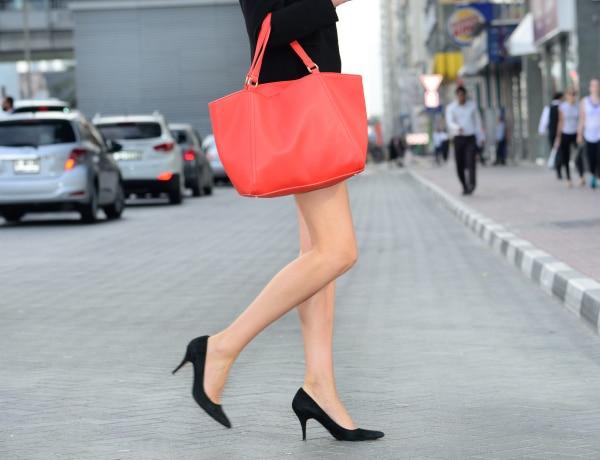 Hogyan találd meg a tökéletes táskát friss anyukaként?
