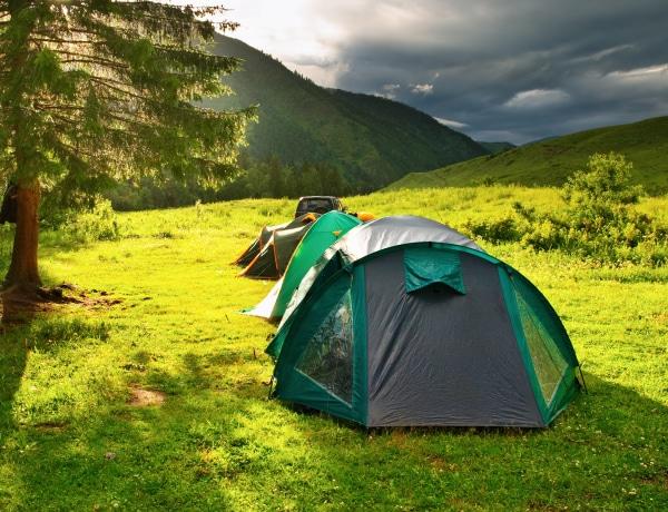 Nyaralás sátorral, 0 forintból. 5 tipp, hogy felhőtlen legyen
