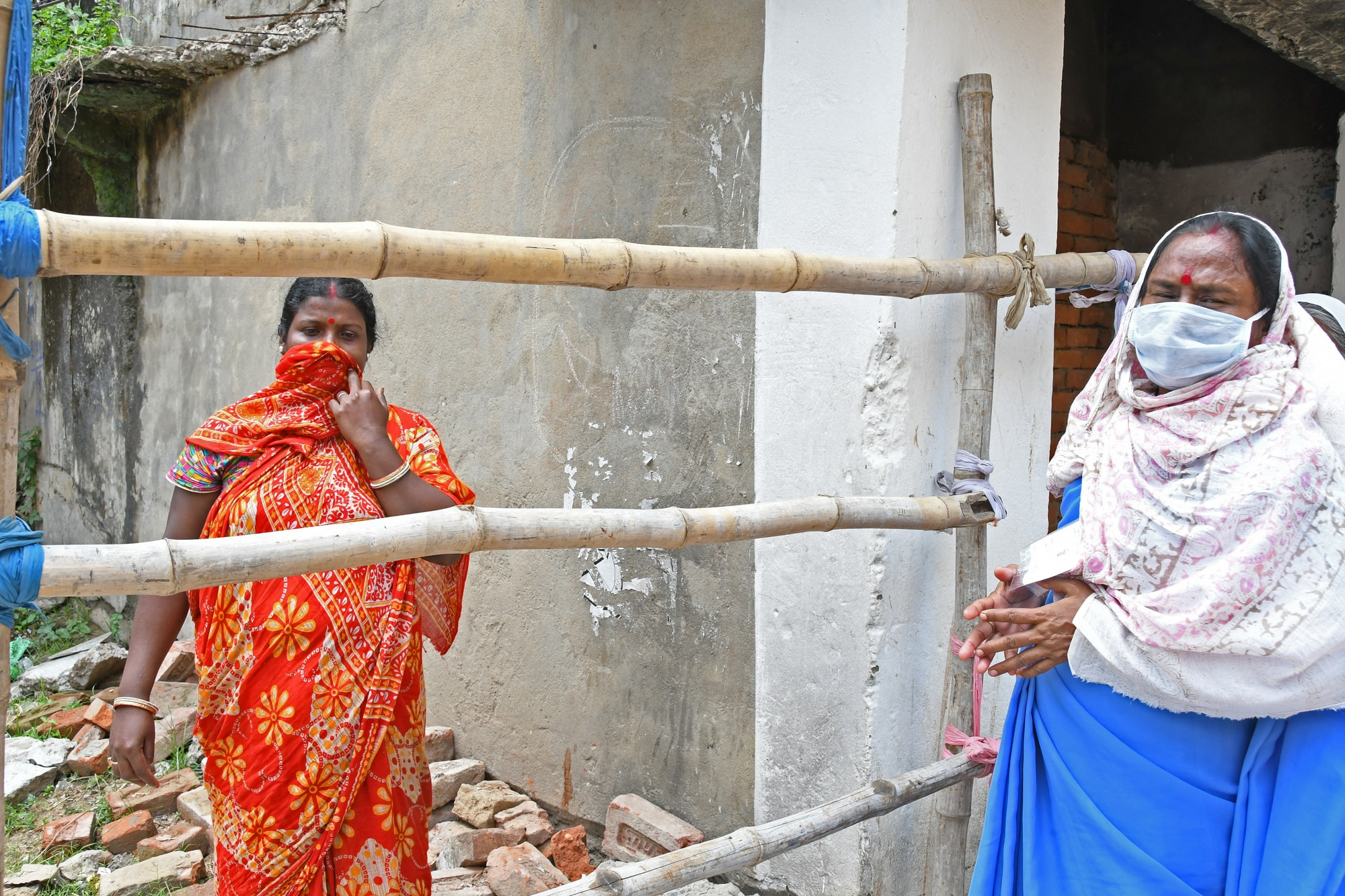 10-szer annyian is meghalhattak Indiában a járvány miatt