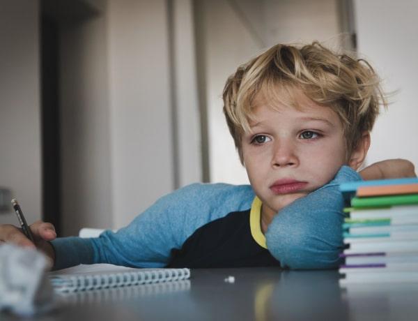 4 hétköznapi dolog, amivel összetörjük a gyermekünk önbizalmát