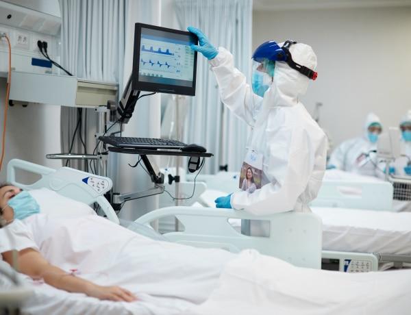 Újra emelkedik a kórházba kerülők száma, ám ezúttal sok minden más