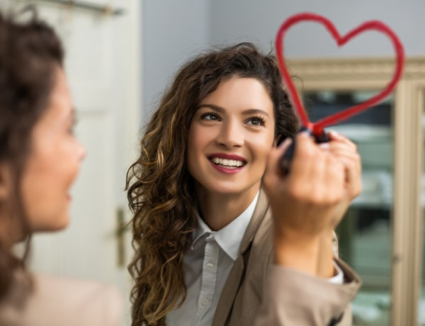 5 hétköznapi módszer, hogy VÉGRE megszeresd a tükörképedet