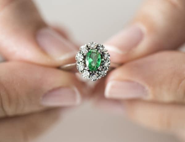 Gyémánt helyett: 7 gyönyörű és olcsó kő, ami vetekszik a szépségével