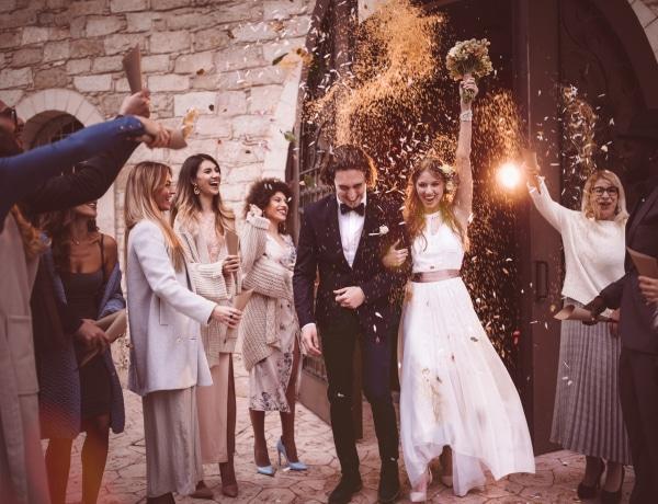 Az esküvői tortából kiderül, hány gyereked lesz! Különös esküvői szokások