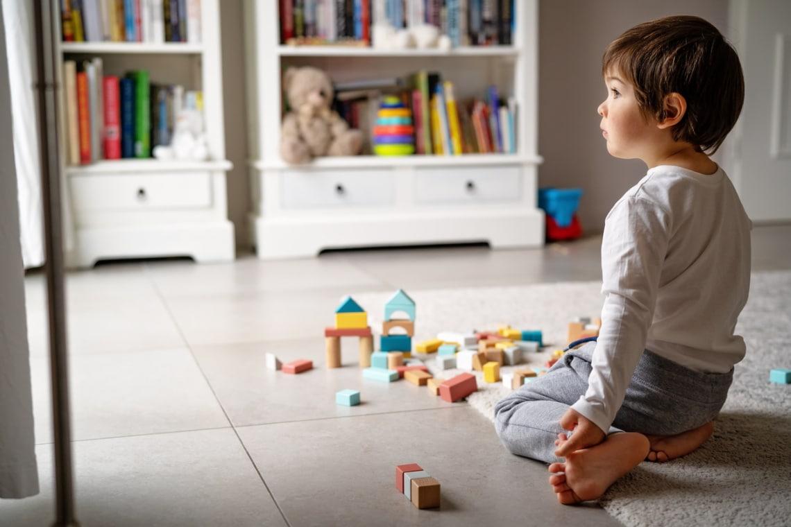 Minek annyi játék a gyereknek? Értelmetlen a tizedik barbie baba