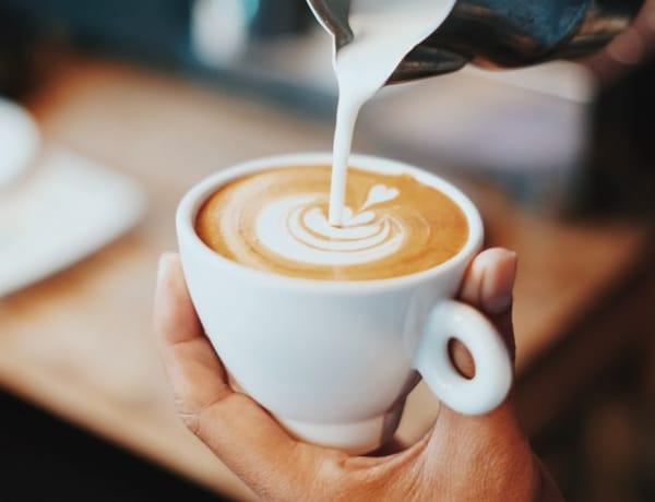 Hogyan lehet igazi kávézó sarkad otthon? 10 hangulatos kávé-zóna