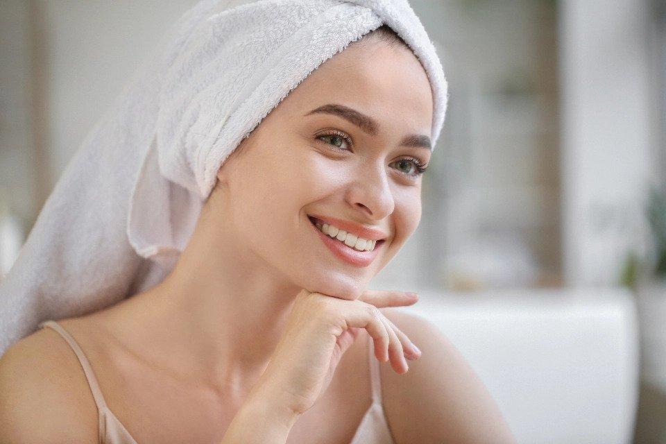 4 bőrápoló összetevő, amire szükséged van az öregedésgátló arzenálban
